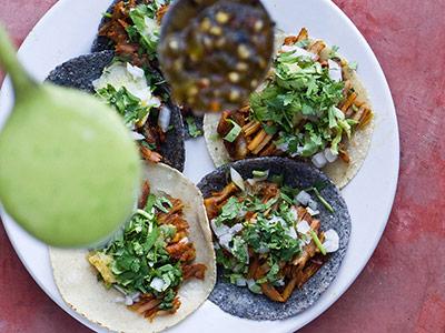 tacos-con-salsa valapanza